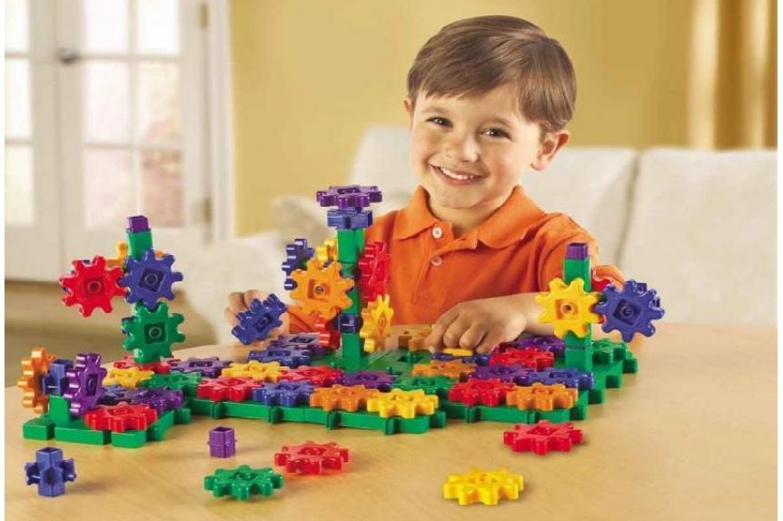 11 лучших развивающих игрушек
