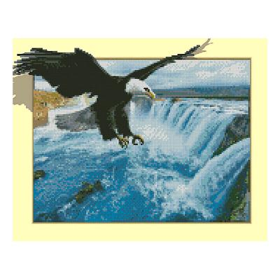 Купить АЛМАЗНАЯ МОЗАИКА STRATEG «ОРЕЛ И ВОДОПАД», 40Х50 СМ, STRATEG (FT30073)